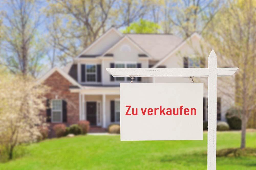 https://profisprecher.de/wp-content/uploads/2019/05/iStock-177722838_Haus_verkaufen_klein.jpg